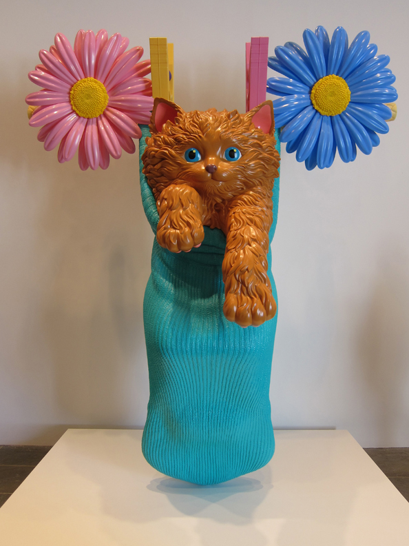 Cat on a Clothesline (Aqua), 1994-2001, Polyethylene, 23 x 110 x 50 in. (312.4 x 279.4 x 127 cm ), One of five unique versions, The Broad Art Foundation, Santa Monica