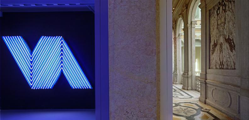 Bertrand Lavier, Ifafa III, 2003 Courtesy the artist and Yvon Lambert, Paris, Pinault Collection. Installation view at Palazzo Grassi 2014 Photo: © Palazzo Grassi, ORCH orsenigo_chemollo. © Bertrand Lavier by SIAE 2014