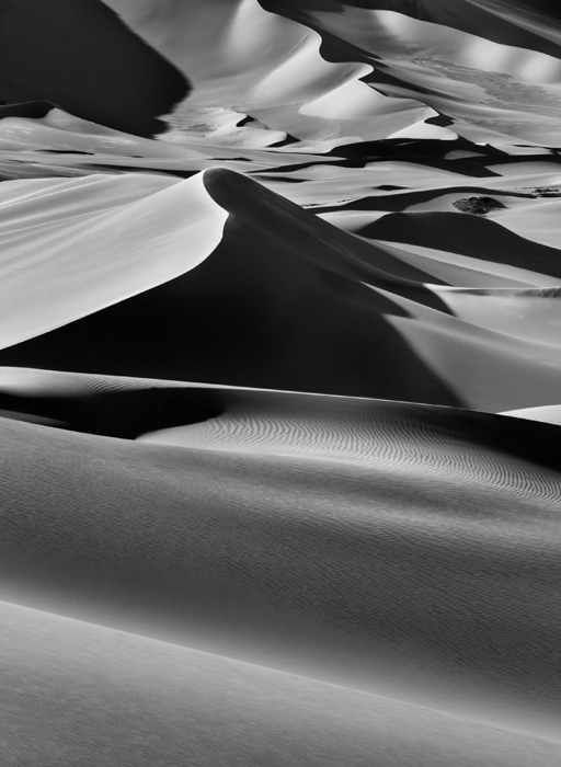 Sebastião Salgado, Large sand dunes between Albrg and Tin Merzouga, Tadrart. South of Djanet. Algeria.  2009. © Sebastião Salgado/Amazonas images-Contact Press Images.