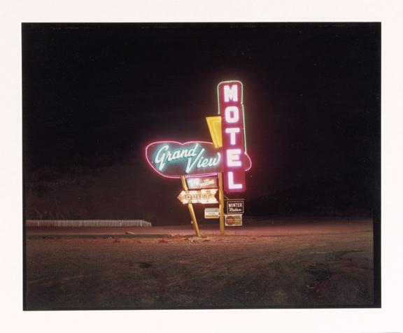 Grandview Motel, Raton, New Mexico, Steve Fitch (1949), Chromogenic print 1981, Collection Rijksmuseum, purchased with the support of Baker & McKenzie Amsterdam N.V.