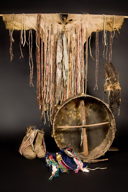 Mongolian_Shamanic_Costume