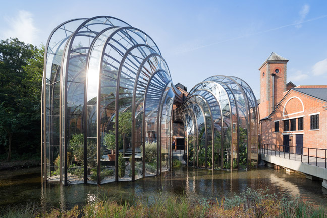 Bombay Sapphire Distillery, Laverstoke, England, Heatherwick Studio. Photo: Iwan Baan