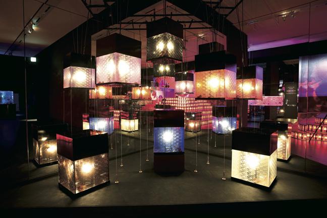 Art Aquarium_andonrium2_lanterne di carta giapponesi