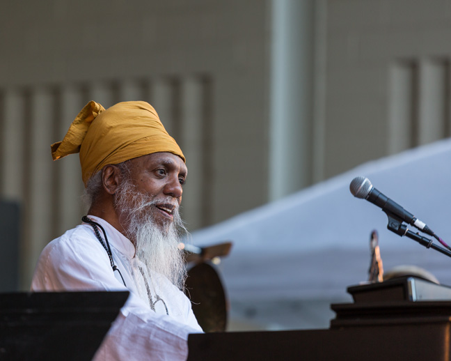 20150822-EW6A6792-25Dr. Lonnie Smith