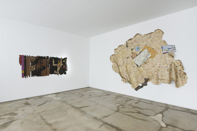 EA14.002 EA14.008 (installed 2015 El Anatsui FiveDecades TheSchool) HR