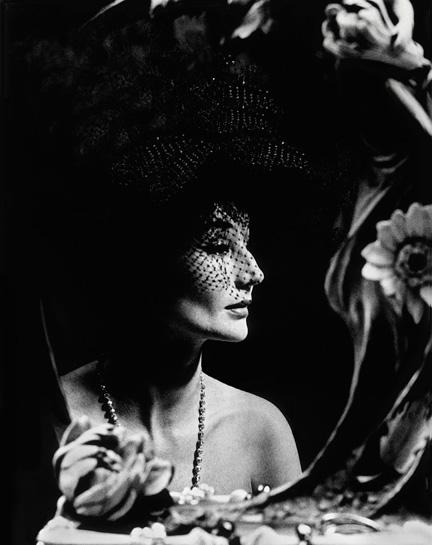 04.Jacqueline de Ribes by Raymundo de Larrain, 1961