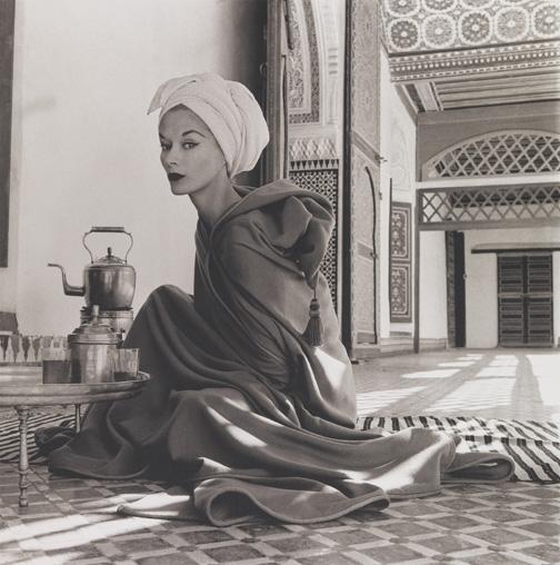 penn_woman_in_moroccan_palace