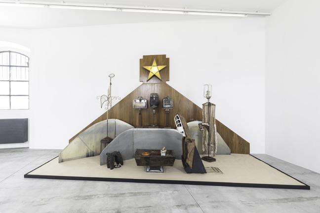 Fondazione Prada - Kienholz 4