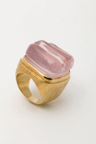 Roberto Burle Marx (Brazilian, 1909–1994), gold and pink quartz ring, probably 1960s. Collection of Luisa Malzoni Strina