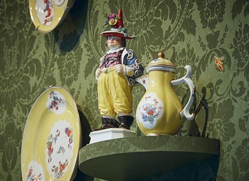 32_Porcelain_NSM_11_2000