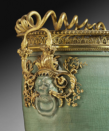 4a_cat_15b_celadon-chinese-vase-frick_collection-34029_1_crop-final_2000