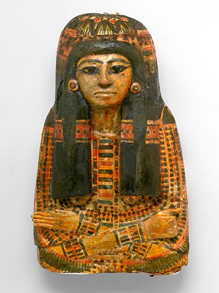Mummy Mask of Bensuipet, Deir el-Medina, Egypt, circa 1292–1190 B.C.E. Cartonnage, 7 ¼ x 14 ¼ x 24 ⅜ in. (18.4 x 36.2 x 62 cm). Charles Edwin Wilbour Fund, 37.47Ec. (Photo: Sarah DeSantis, Brooklyn Museum)