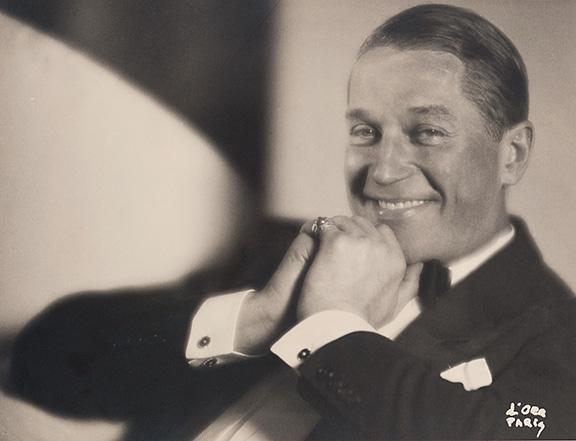 8. Madame d'Ora, Actor and singer Maurice Chevalier, 1927. © Nachlass Madame d'Ora, Museum für Kunst und Gewerbe Hamburg