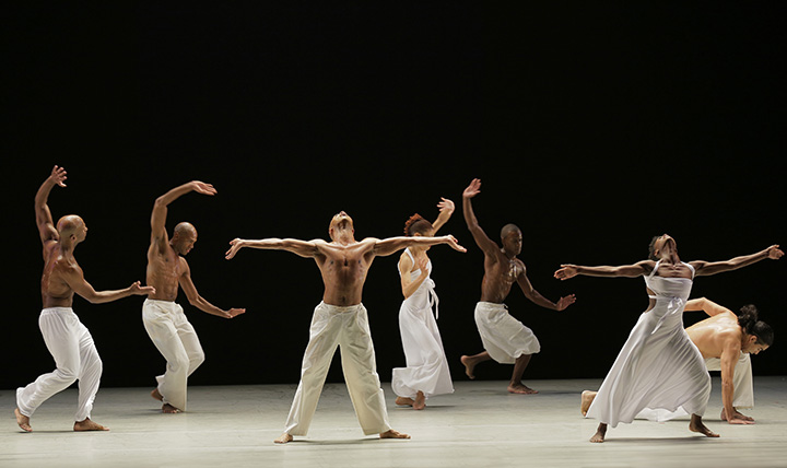Alvin Ailey American Dance Theater in Ronald K. Brown's Grace. Photo by Pierre Wachholder