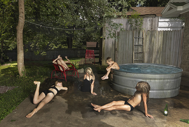 Julie Blackmon - Bathers, 2019 © Julie Blackmon. Courtesy the artist and Robert Mann Gallery